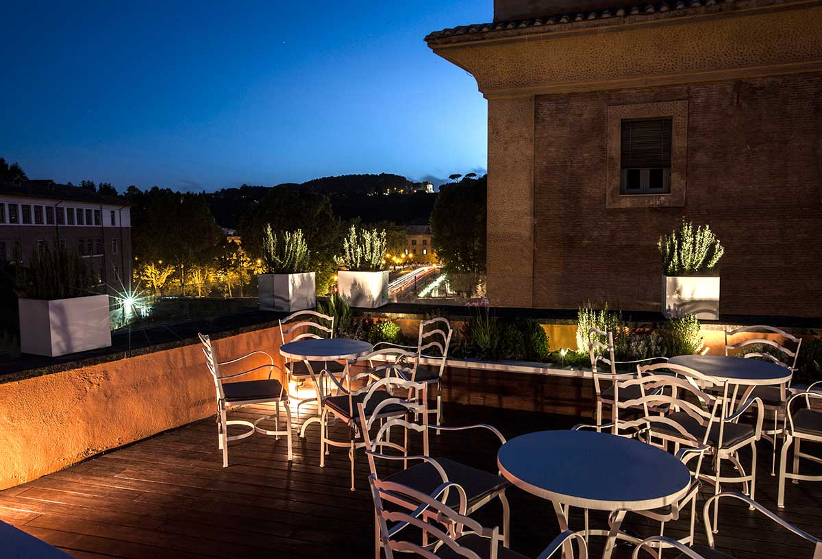 Riapre la Terrazza dell\'Hotel D.O.M di Roma - Webitmag - Web in ...