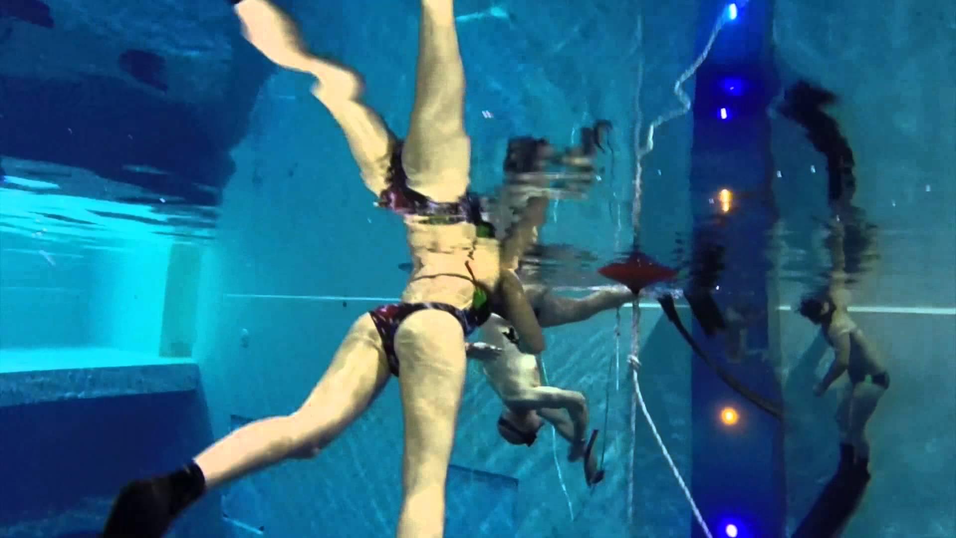 A montegrotto terme la piscina pi profonda del mondo y for Piscina y 40 padova