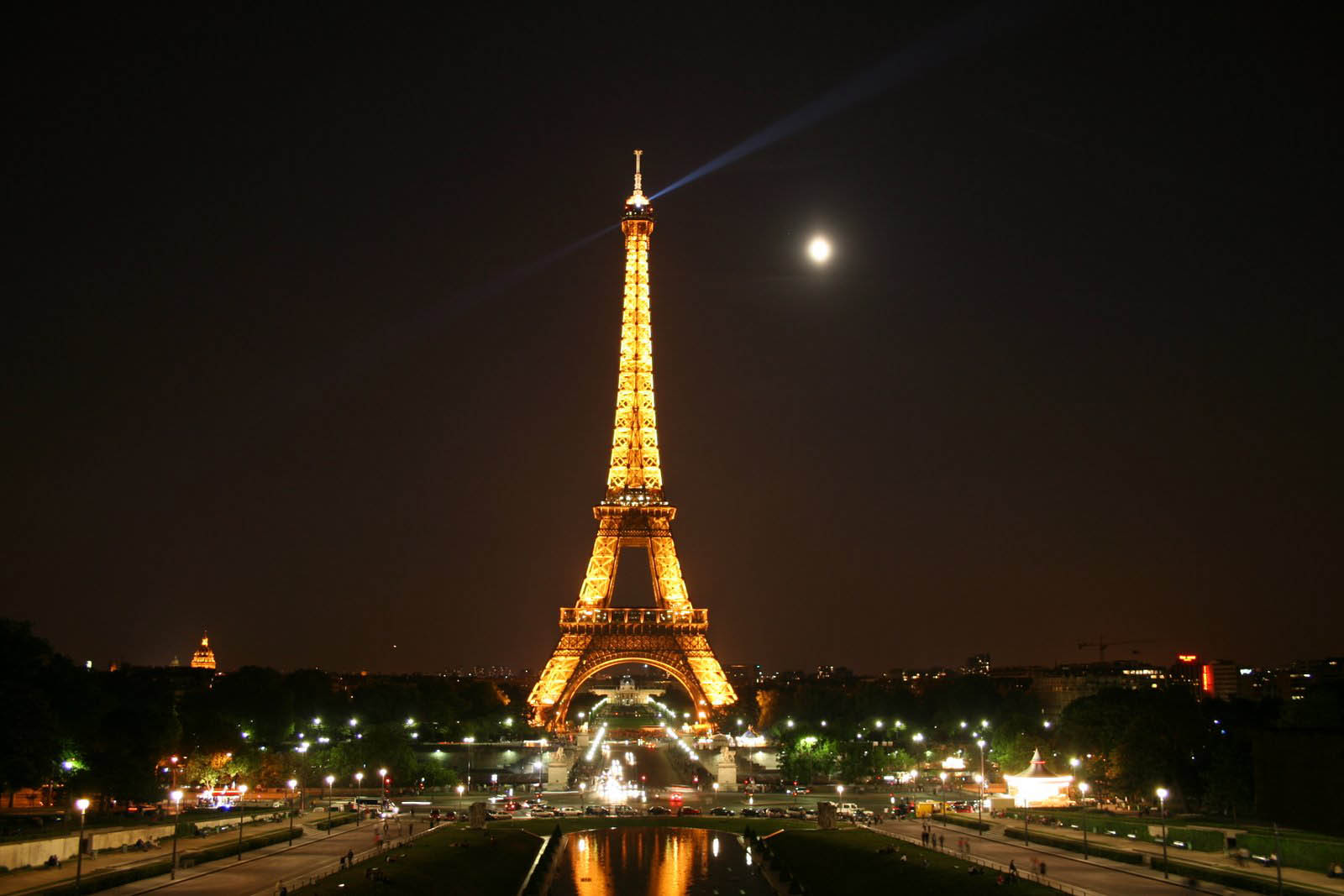 Francia, la tassa di soggiorno aumenta del 500% - Webitmag - Web in ...