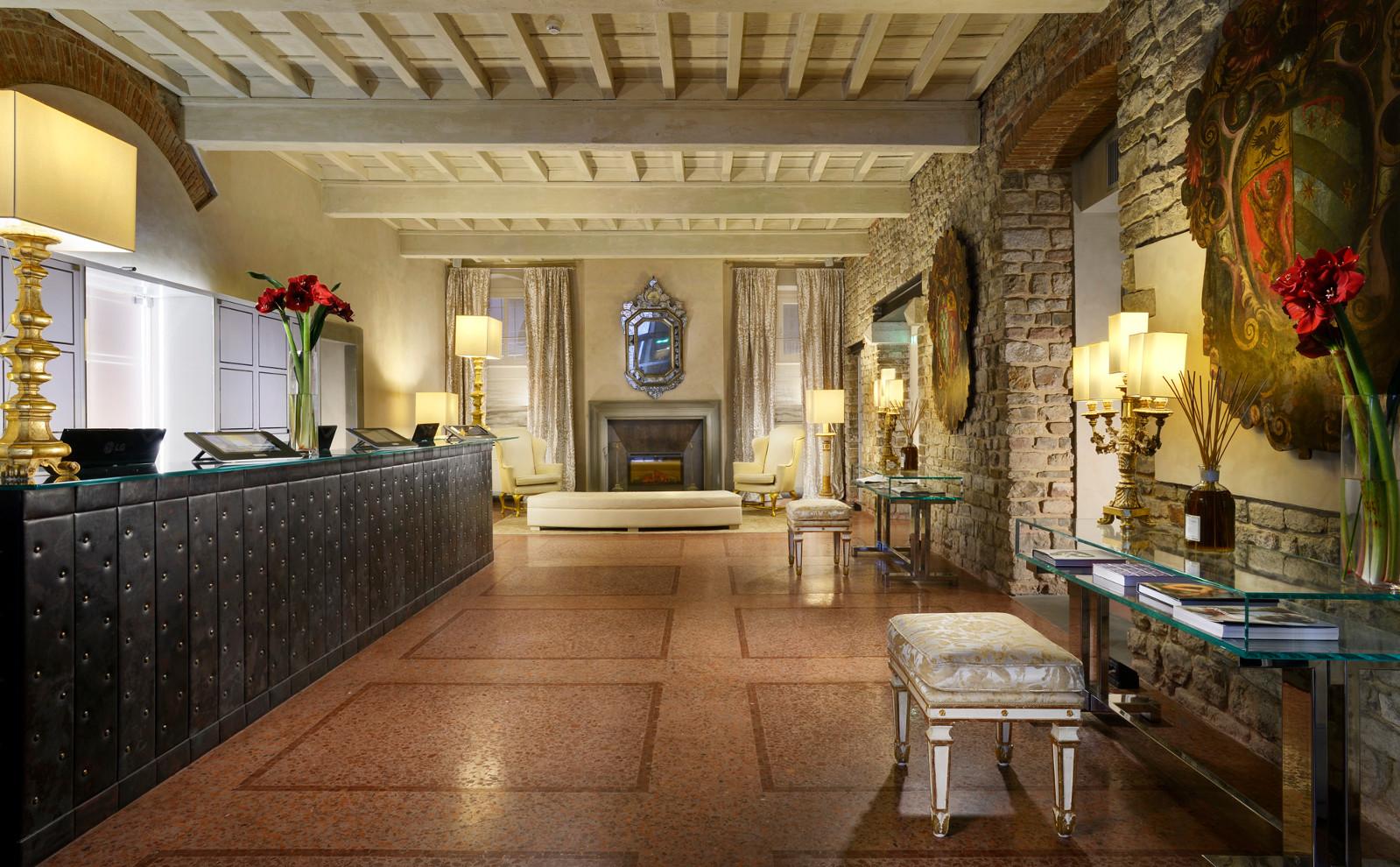 Hotel Brunelleschi, a Firenze soggiorni chic e arab friendly ...