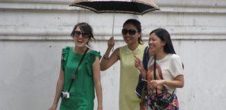 Turisti cinesi in Italia