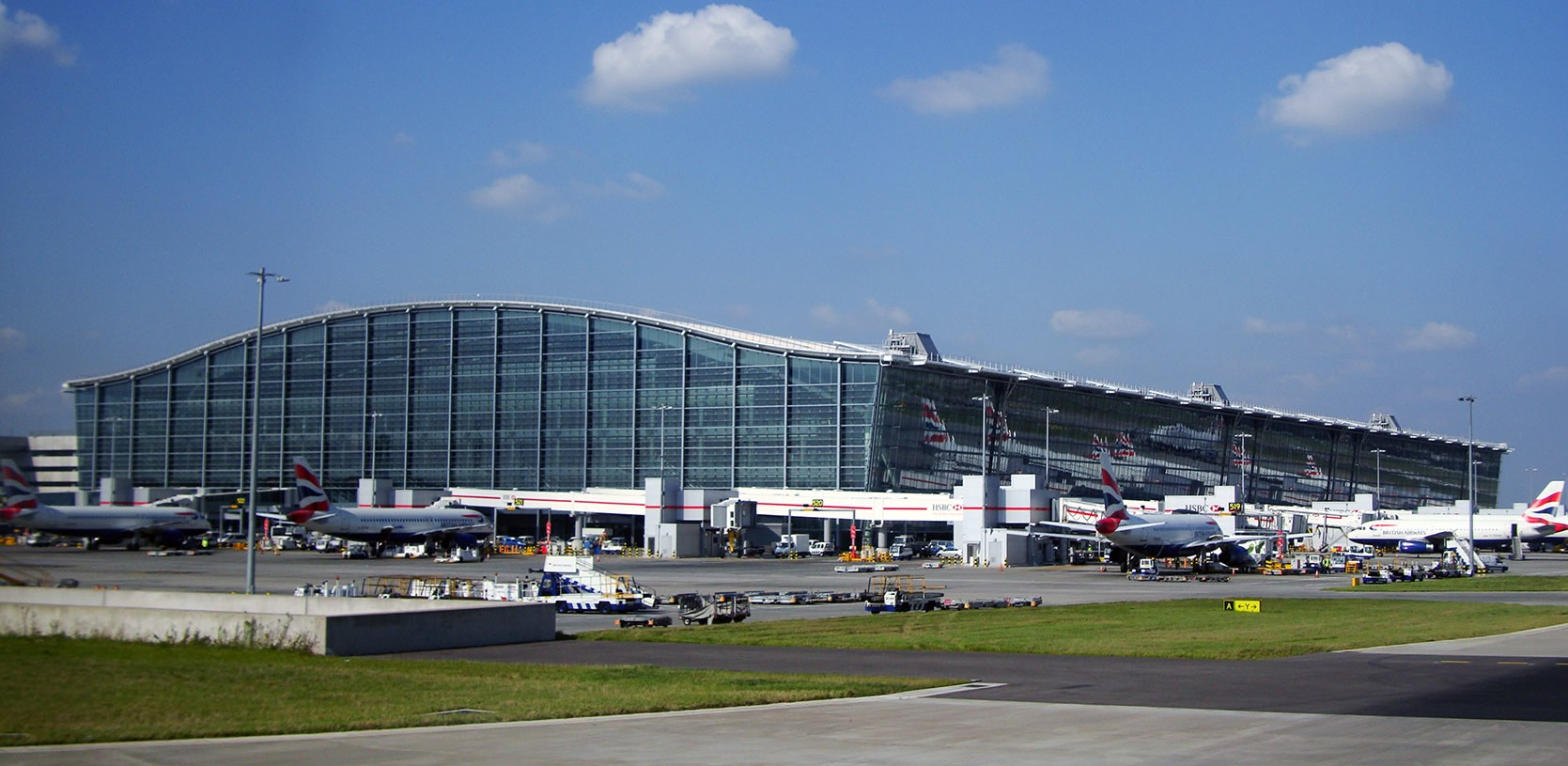 Heathrow aeroporto by wikipedia