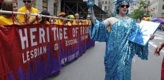 Gay pride parata by JulienneSchaer