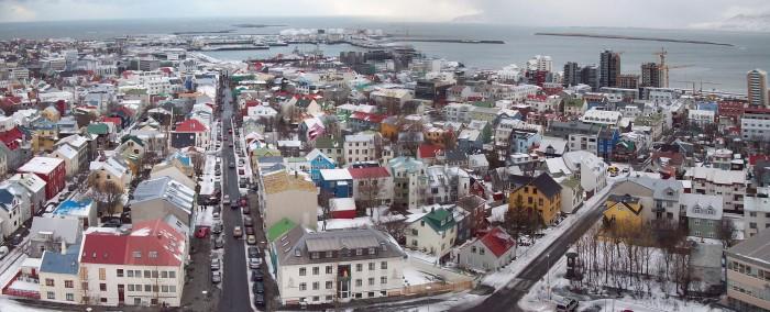 Reykjavík, Islanda (Wikipedia).
