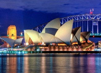 Opera House di Sidney, Australia, photo by Hai Linh Truong on wikimedia.org