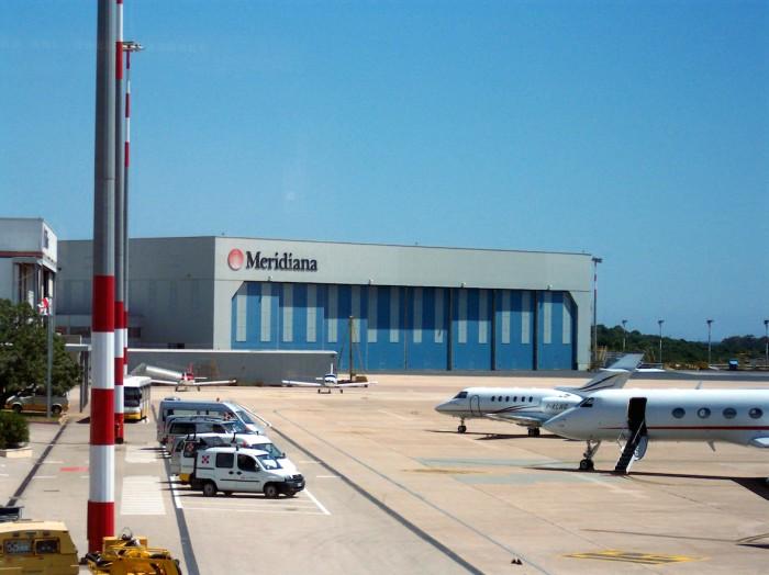 Aeroporto Olbia Costa Smeralda - Hangar Meridiana