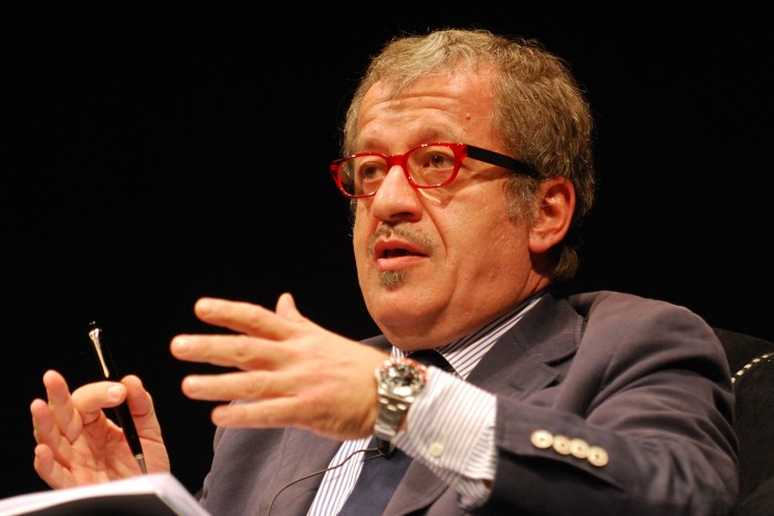 Roberto Maroni, photo by Niccolò Caranti su wikipedia.org