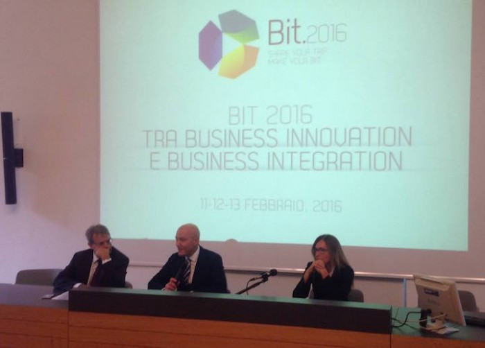 Da sinistra, Franco D'Alfonso, Corrado Peraboni e Cristina Tasselli alla presentazione di Bit 2016