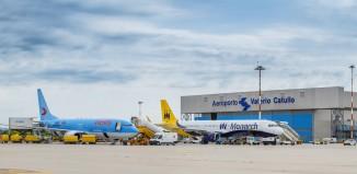L?hangar Neos all'aeroporto di Verona.