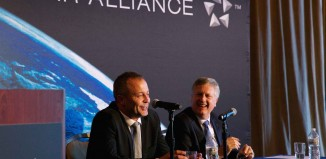 Nico Bezuidenhout, CEO di Mango, e Mark Schwab, CEO di Star Alliance