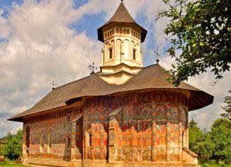 Un monastero in Bucovonia, Romania.
