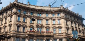 L'ex sede Unicredit in Piazza Cordusio a Milano