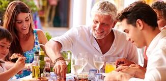 Coldiretti, un terzo della spesa di italiani e stranieri in vacanza in Italia è stato destinato alla tavola