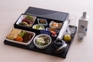 Emirates Business Class on routes between Japan and Dubai offers a specially arranged bento box