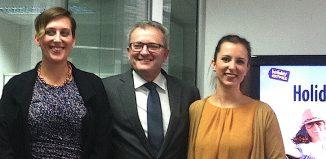 Da sinistra, Nicolina Lange-Stalinski, Jerome Danglidis ed Elena Cavion di Holiday Extras