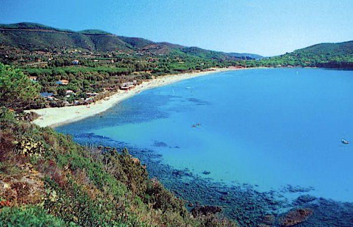 Il golfo di Lacona