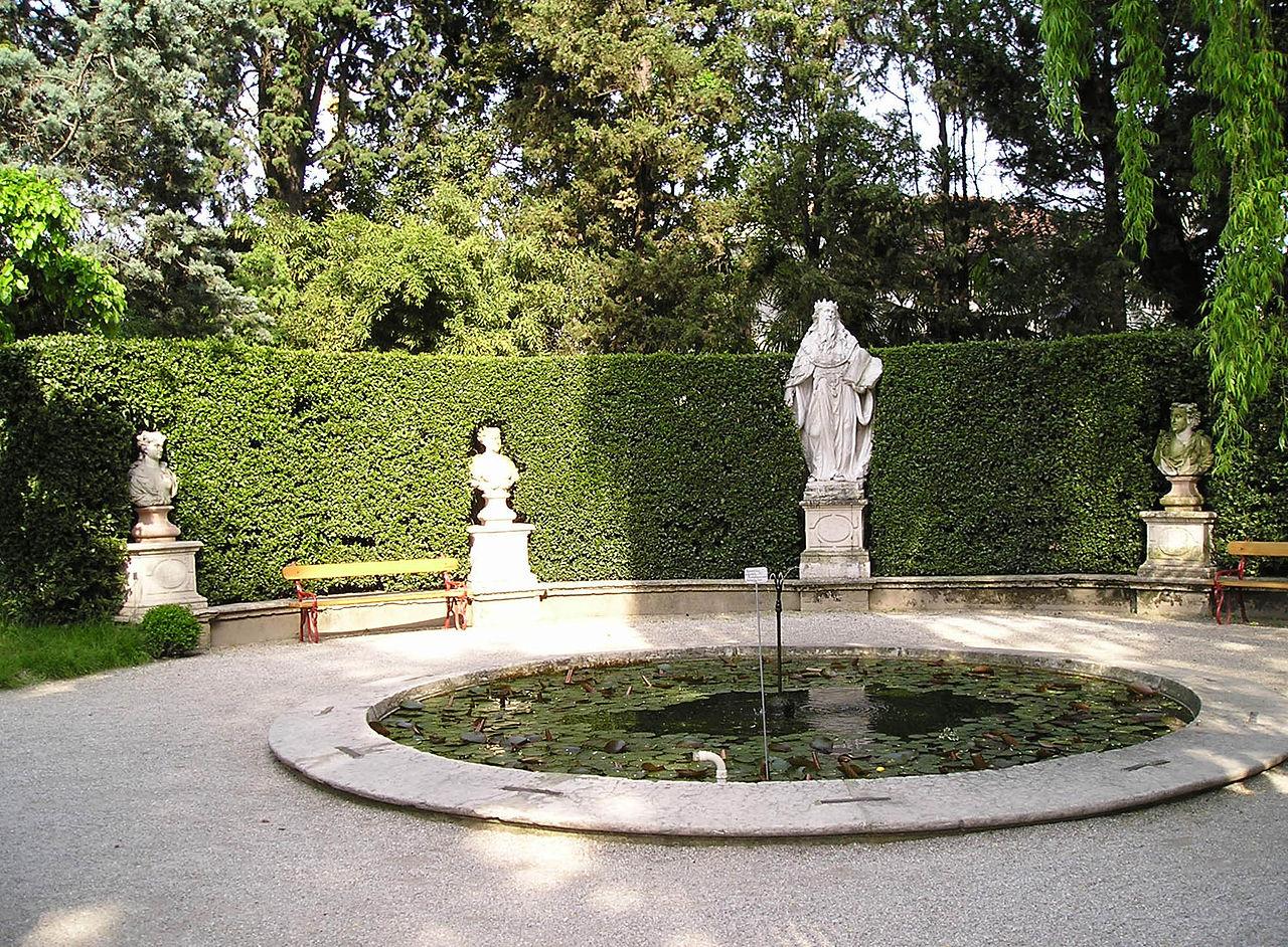 Fontana 4 stagioni all'Orto Botanico di Padova, fonte: wikipedia