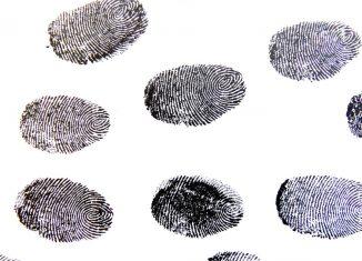 cina-impronte-digitali