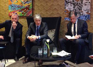 La presentazione di Gattinoni Travel Experience: da sinistra Alberto Albèri, Franco Gattinoni e Sergio Testi