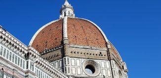 """Per pasqua e Ponti gli italiani scelgono soprattutto city break in """"casa"""". Toscana (nella foto, Firenze) la meta preferita"""