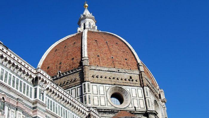 Per pasqua e Ponti gli italiani scelgono soprattutto city break in