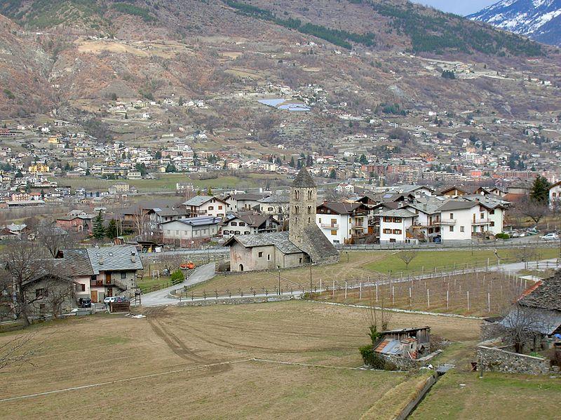 La Chiesa della Madeleine a Gressan, foto di Patafisik su wikipedia.org
