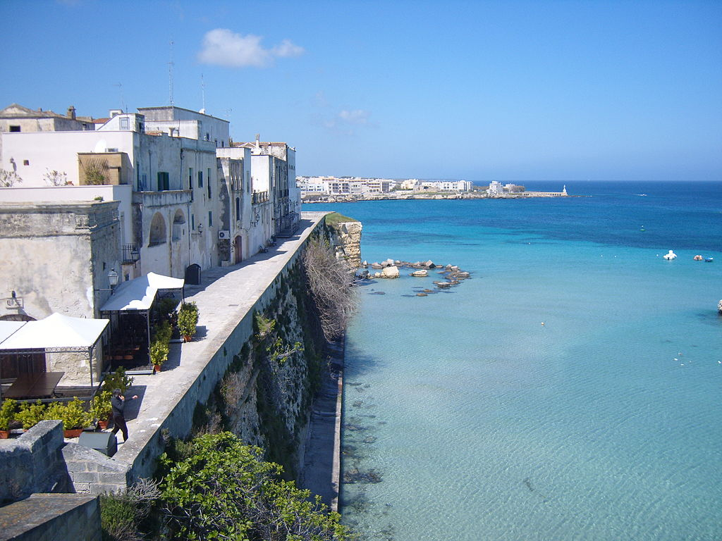 Otranto, il borgo più citato alla Ruota della Fortuna, foto di Freddyballo su wikipedia.org