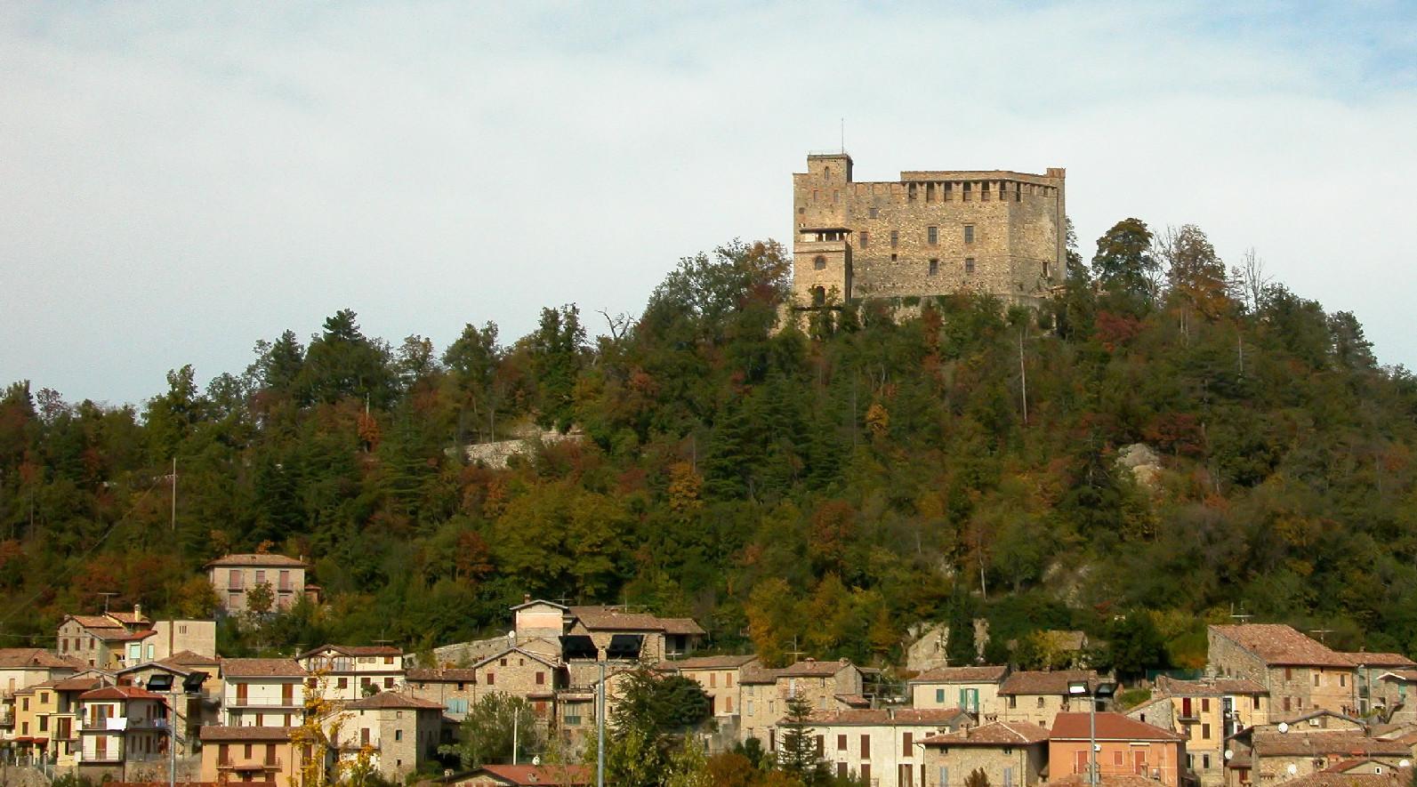 Veduta di Zavattarello nel pavese, foto di Yoruno su Wikipedia.org