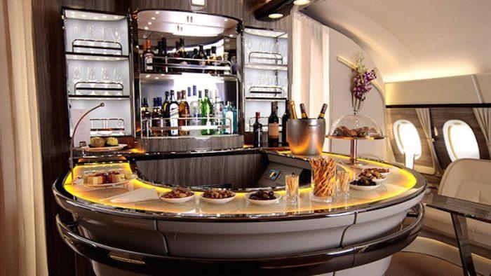 Il bar sugli A380 di Emirates