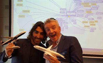 Micheal O'Leary, CEO di Ryanair, e Javier Hidalgo, CEO di Globalia Group, a Madrid