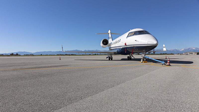 Cuneo levaldigi boom di jet privati webitmag web in for Grandi jet privati in cabina