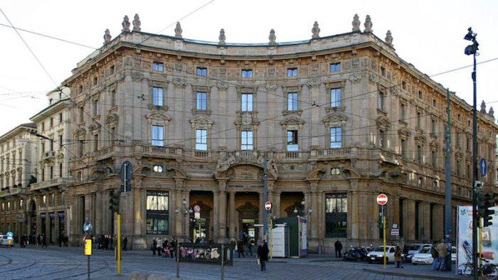 Palazzo Broggi in Piazza Cordusio a Milano. Foto: Wikipedia