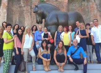 Tour2000AmericaLatina ha invitato i suoi migliori agenti di viaggio ad una visita guidata della mostra di Botero