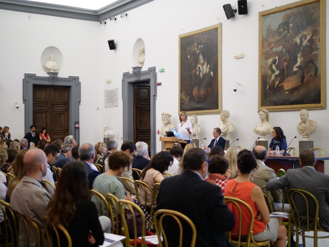 Osservatorio italiano congressi e eventi cresce il numero for Numero senatori e deputati in italia