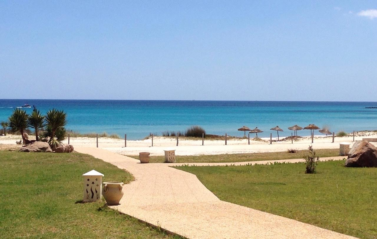 Inviaggi rileva in tunisia il kelibia beach hotel spa for Salon kelibia 2017